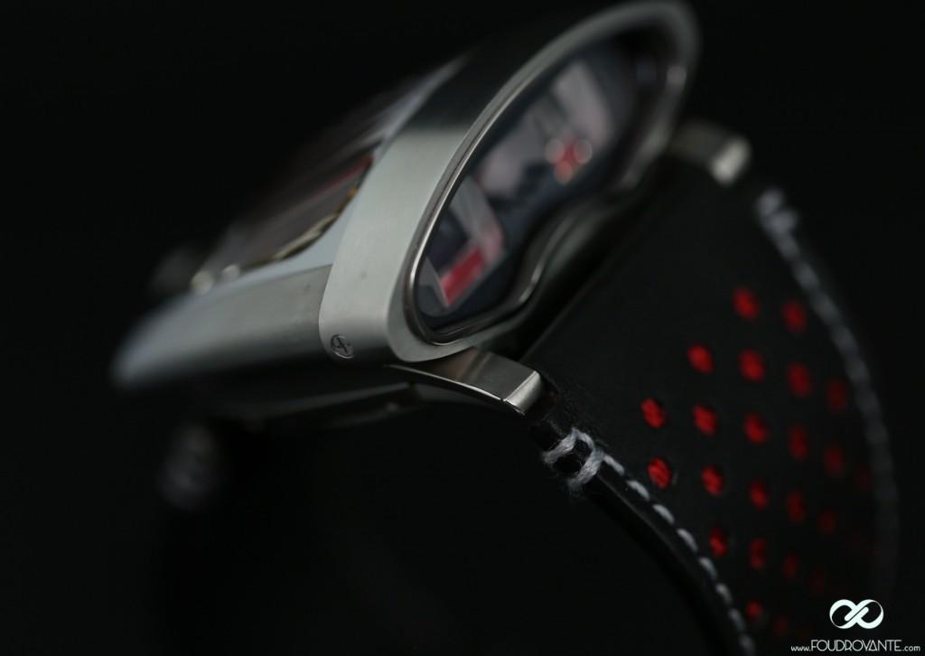 MB&F HMX rouge Ferrari