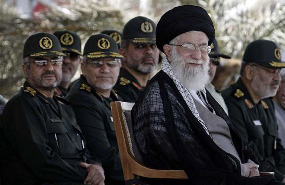 2Khamenei-Pasdaran